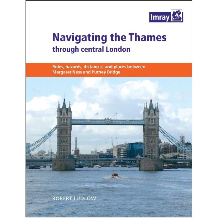Navigating The Thames through Central London Navigating The Thames through Central London